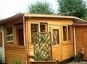 Mobili per veranda roulotte design casa creativa e - Mobile terrazzo legno ...