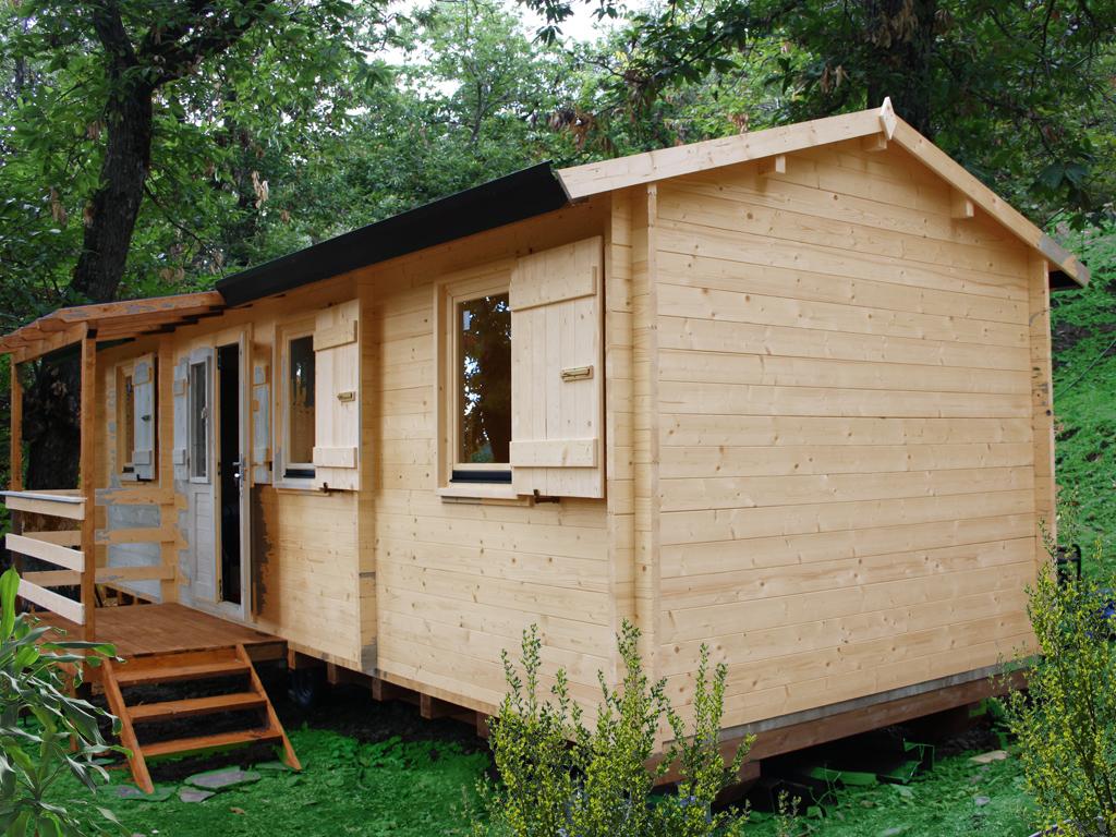 Casa in legno su ruote case mobili casa mobile casa for Case modello artigiano